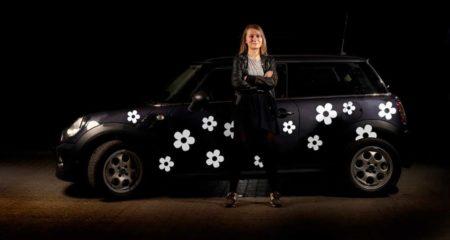 Bil klistermærker med hvide blomster